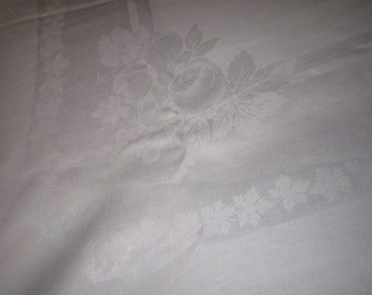 Vintage Beautiful 64x86 White Irish Linen Damask Tablecloth with Fruit and Ivy  Design