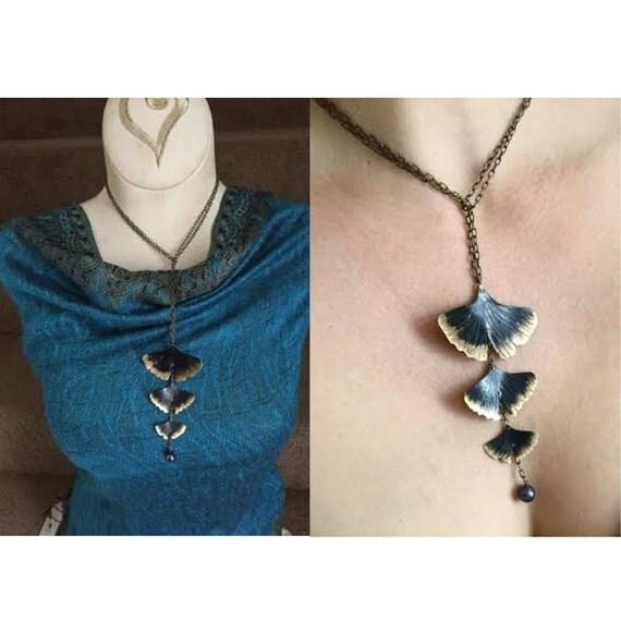 Ginkgo tassel necklace - bronze with pearl - lariat - chocker
