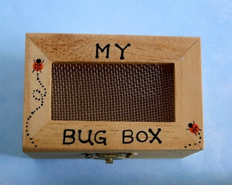 My bug box-wooden toy box-bug collecting-camping-outdoor car trip-adventure game-toys-children games-entomology-hand painted-small keepsakes