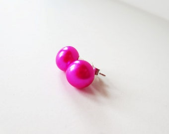 Hot pink pearl earrings. Fuchsia pearl earrings. Pearl stud earrings.  9mm pearl earrings. Pearl post earrings. Pink pearl jewelry.