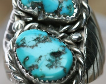 Vintage Sterling and Turquoise Ring - Southwestern Design - Navajo