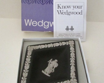 Numbered/signed (with initials?) Black Wedgwood diamond holder in original box
