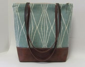 Tote Bag / Shoulder Bag / Canvas / Travel Bag / Shopper
