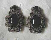 Vintage Pair Gothic Look Black Glass Shoe Dress Clips