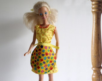 Barbie Clothes - Barbie Kitchen Dress + Apron – Handmade Barbie Retro Homemaker - Yellow + Green Polka Dots