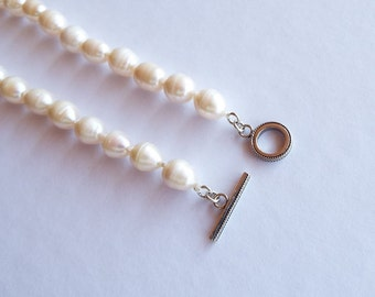 White freshwater pearls and sterling silver necklace