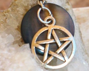 Dark Moon Mother of Pearl Shell and Pentacle Pendant~Goddess~Pagan~Witch~Wicca