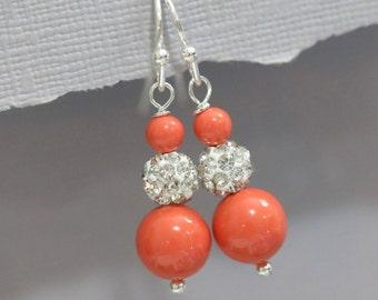 CUSTOM COLOR Bridesmaid Earrings, Swarovski Coral Pearl Earrings, Bridesmaid Jewelry, Bridesmaid Gift, Coral Pearl Earrings Wedding Earrings