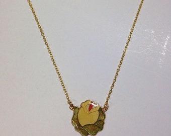 Vintage 80s flower necklace