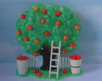 Vintage  Orange Tree Salt and Pepper Shakers set.