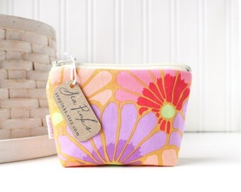 Red Pink and Lavender Floral Coin Purse Gift Card Credit Card Holder Small Zipper Pouch Pink Change Purse