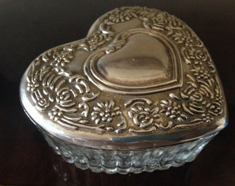 Silver Plated and Crystal Lidded Vintage 50s Powder Box / Cut Glass/ Heart Shaped Trinket Box