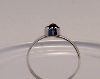 Sterling Silver Onyx Cabochon Dainty Ring Rough Set Vintage