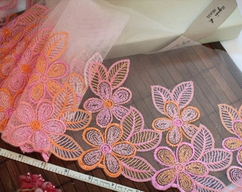 Embroidered lace, Lace trim, Pink lace, Tulle lace, Girls tutu, Wedding lace, Lingerie lace, 7 yards RD185