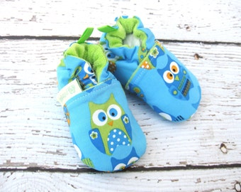 Classic Whimsical Owls / All Fabric Soft Sole Baby Shoes / Made to Order