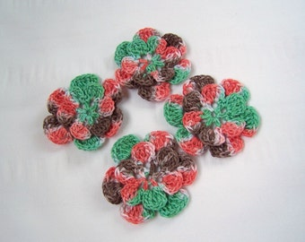 Appliques hand crocheted flowers set of 4 old fashioned christmas cotton 1.5 inch