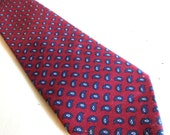 Vintage Mens Silk Maroon and Blue Paisley Necktie by FRENCH