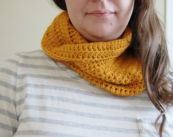 Crochet Cowl - mustard yellow