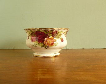 RoyalAlbert Old Country Roses Open Sugar Bowl Original 1960s mark