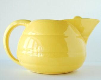 Bauer Pottery Yellow Ringware Pitcher | 2 Quart Pitcher | Vintage Ceramics