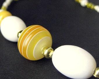 Beaded Lanyard Yellow Eyeglass Necklace. Nurses Lanyard Sunset Yellow ID Lanyard Eyeglass Chain White Glasses Lanyard Gold Handmade Lanyard