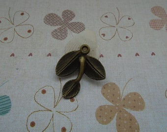 20pcs 26mmx24mm Tree Leaf Antique Bronze Retro Pendant Charm For Jewelry Pendant