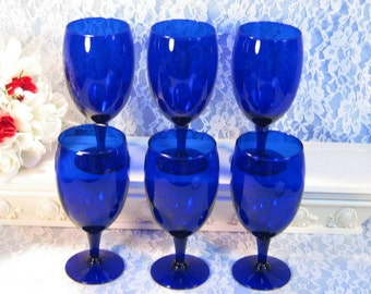 Vintage Cobalt Blue Glass Water, Wine or Ice Tea Footed Tumbler Goblet Set of Six, 1980s Mid Century Glass Dinnerware Barware Kitchen