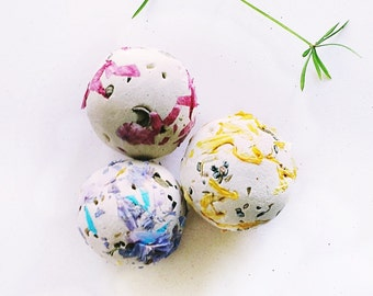 Organic Seeds 50 Seed Bomb Balls WildFlower Wedding Favors Eco Friendly Easy Gardening