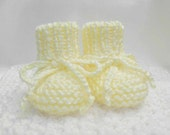Knit Baby Booties, Gender Neutral Baby Booties, Newborn Baby Booties, Yellow Baby Booties, Gender Neutral Baby Gift