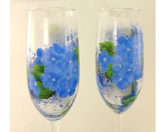 Hand-Painted Champagne Glasses - Blue Hydrangeas, Green Leaves Set of 2 - Wedding Toasting Flutes Champagne de Mariage Toast Glass Gift Idea