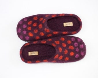 Felted purple slippers women house shoes polka dot orange pink decor woolen clogs with rubber sole home shoes Chritmas gift - ready to ship