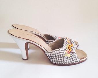 SALE Vintage 1960's beaded Heels, Leather Peep Toe, shoes, Mules,  Dragon Design, asian