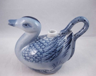 Vintage Chinese Blue And White Duck Pitcher Sake