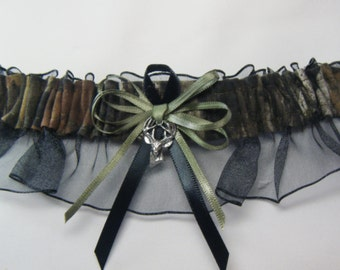 Black MOSSY OAK Camouflage wedding garters Deer Camo garter keep