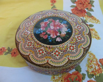 Very Ornate Vintage Cookie / Biscuit Tin From Holland - Sewing Box - Storage