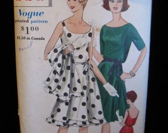 "Vintage Vogue 60s Swingy Dress & Stole Pattern 5287, 32"" Bust"