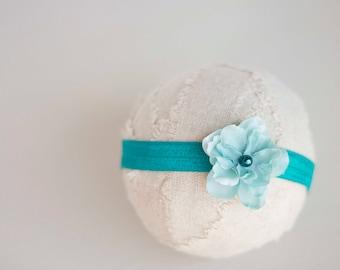 Teal Flower Headband. Silk Flower. Pearl. Elastic. Girl. Baby. Photopraphy Prop. Newborn. Tolola Designs.