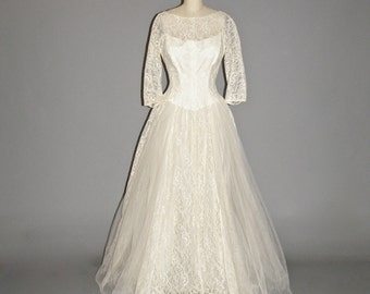 50s Wedding Dress, 50s Dress, 1950s Tulle and Lace Wedding Dress, Medium