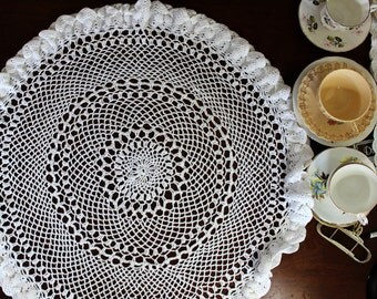 Vintage Table Topper, or Small Tablecloth, Hand Crocheted in White, Fluted Edge 12206