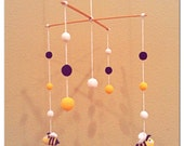 Crochet Bee Mobile with wooden crochet beads, nursery decor, unisex 100% cotton- ready to ship