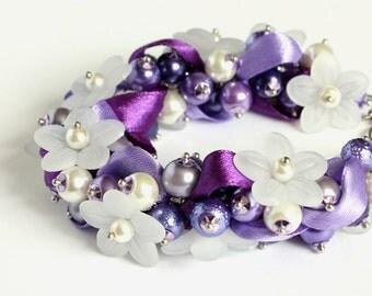 Purple Violet White Flower Bridesmaid Cluster Bracelet and Earrings Set