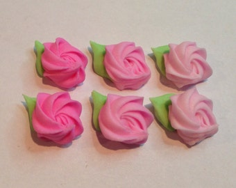 lot of 150 Royal icing rosettes with leaves