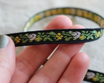 Baby Roses in WHITE yellow Green on BLACK Jacquard Ribbon