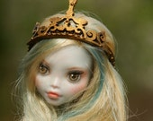 OOAK Monster High Repaint Crown Hat Lati yellow crown Outfit Dollfie BJD MH Hat Monster High crown