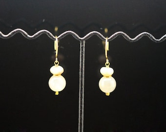 1pair(je-281) - sterling silver earrings with peach moonstone and gray moonstone