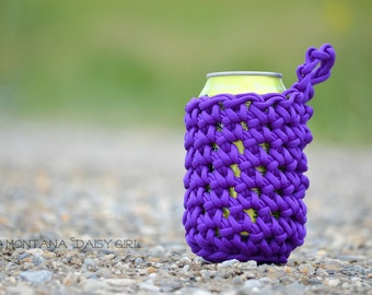 550 Paracord Can Cozy, Pick your color, Added Carabiner Option, Bottle Cozy, Beer Can Cozy, Paracord Gift, Cozy for Camping and Hiking