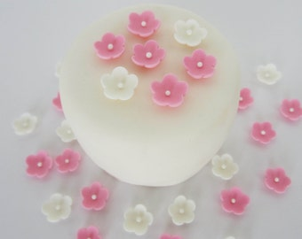 edible sugar mini flowers set of 85 pink and white