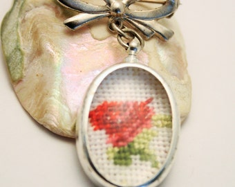 Vintage brooch. Embroidered brooch. Flower brooch