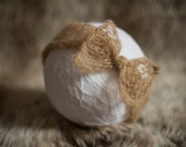 Simply knitted newborn head wrap - Fawn