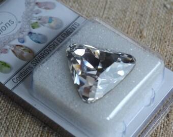 Swarovski Crystal Rhinestone Crystal 23x23x23mm Crystal Clear Faceted Triangle Fancy Stone Model 4727